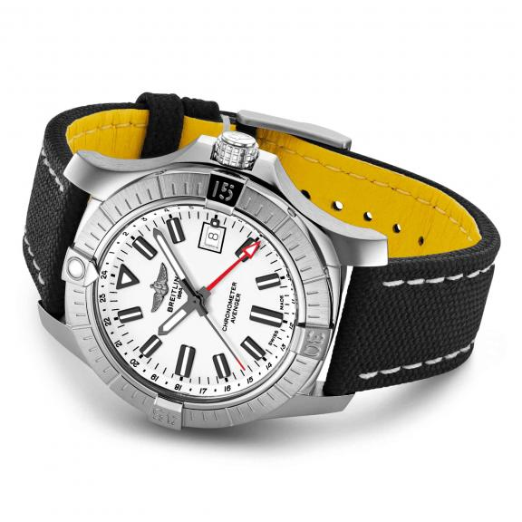 Breitling-Avenger Automatic GMT 43-A32397101A1X1-3