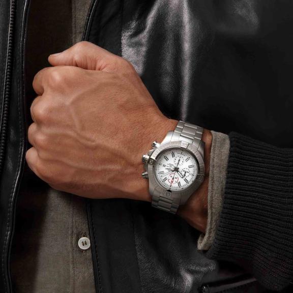 Breitling-Super Avenger Chronograph 48-A133751A1A1A1-5